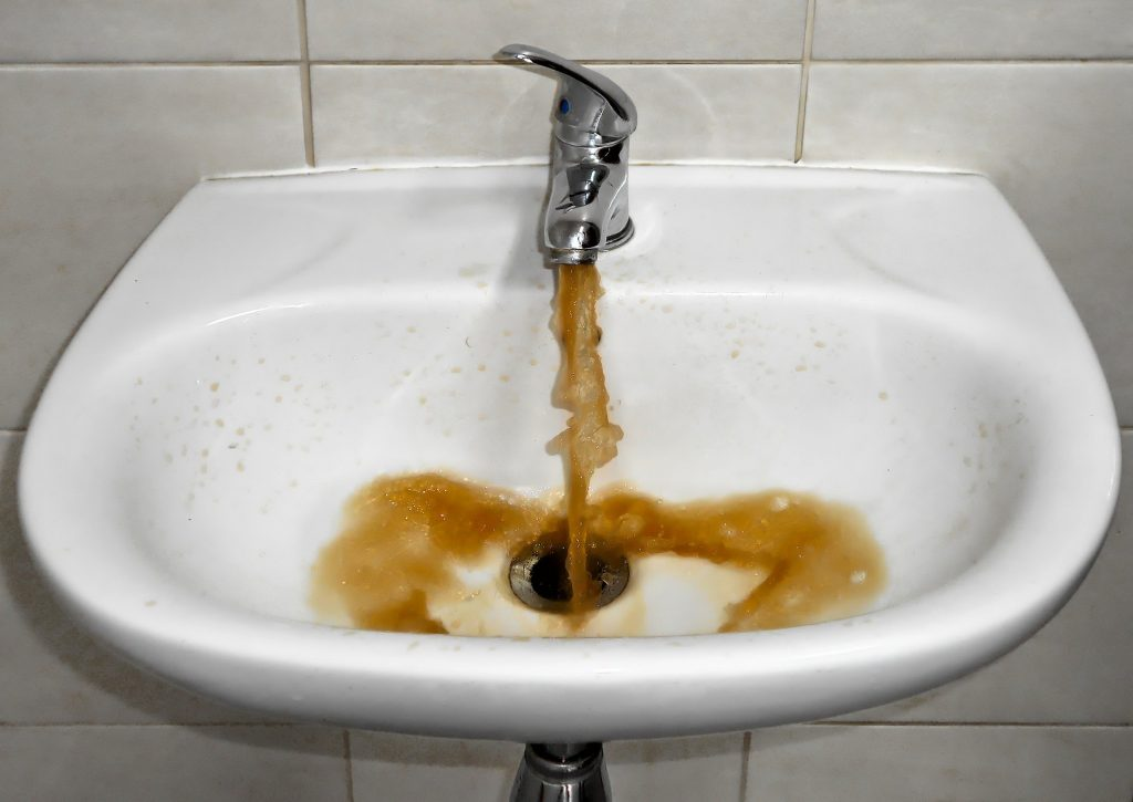 Here S Why Water Backs Up Into Your Tub American Home Water Air
